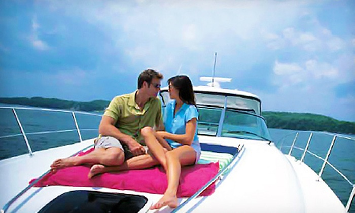 Carefree Boat Club Lake Norman - Preserve at Robbins Park: Two-Hour Boating Course or One-Day Membership and Boat Rental from Carefree Boat Club (Up to 55% Off)