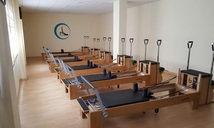 1 o 3 meses de clases de pilates en máquinas en Mi Pilates Málaga (hasta 66% de descuento)