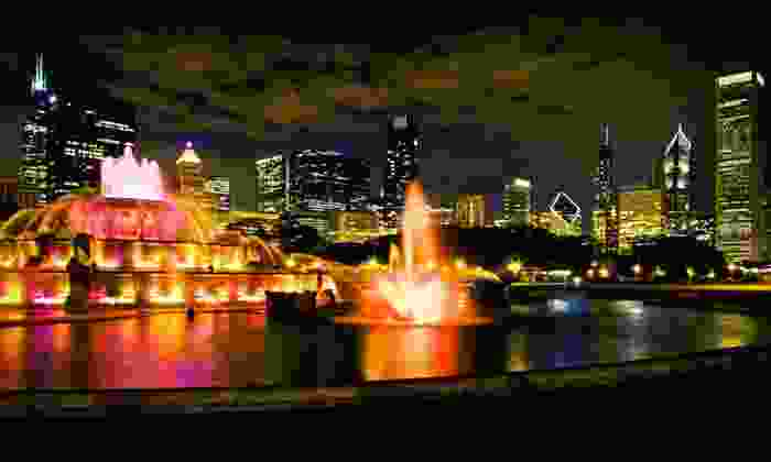 null - Chicago: Stay at Chicago's Essex Inn with Two Field Museum Tickets or Spa Credit