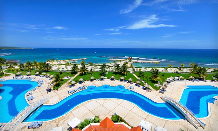 Jamaican beach vacation with airfare in runaway bay for Round the world trips all inclusive
