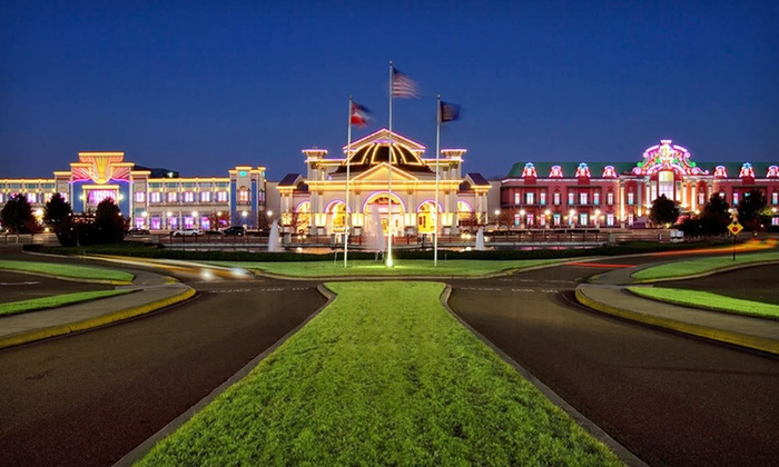 Harrah's Tunica - Memphis: Stay at Harrah's Tunica in Robinsonville, MS