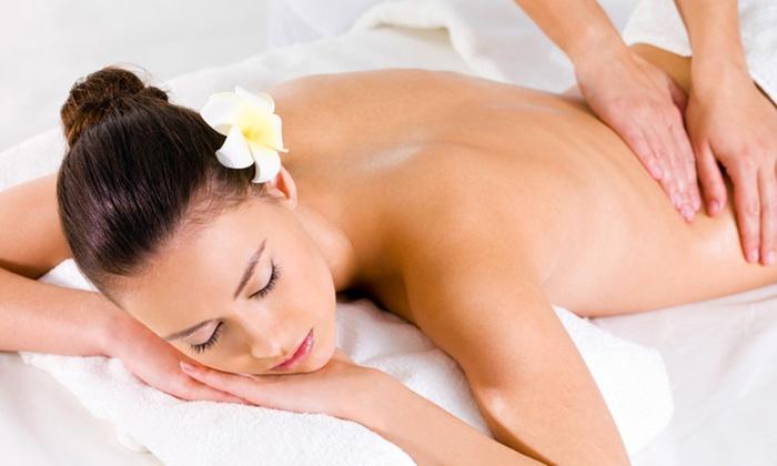 Copacabana Sun Club - COPACABANA SUN CLUB: 3 massaggi da un'ora a scelta o con in più 3 riflessologie plantari da 34 €