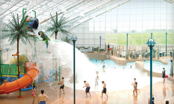 Americana Resort - St Catharines-Niagara: $9 to Visit Waves Indoor Waterpark at Americana Resort in Niagara Falls (Up to $33.84 Value)