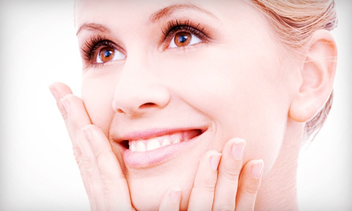 Elements of Style - Oregon City / West Linn: Three or Six Long-Term LHE Phototherapy and Laser Skin-Rejuvenation Treatments at Elements of Style (Up to 70% Off)