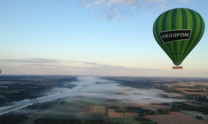 Envolez-vous - Bouglainval: 1h20 de vol en montgolfière au dessus des Châteaux de la Loire pour 1, 2 ou 4 personnes dès 129 € avec Envolez-vous