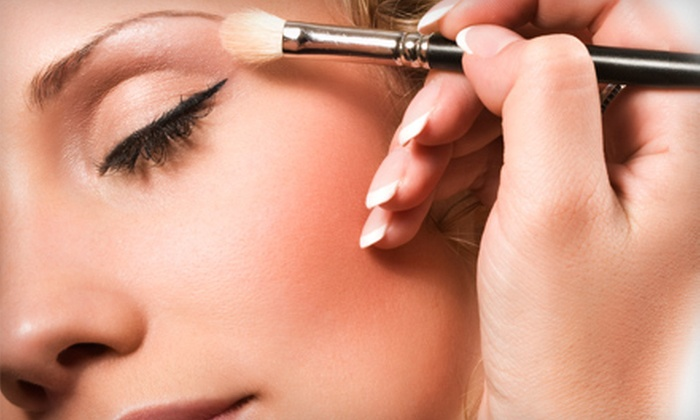 Head 2 Toe Boutique - University: Private Makeup Class, Application, and a Seven-Piece Brush Set for One or Four at Head 2 Toe Boutique (Up to 77% Off)