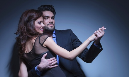 Discofox-, Salsa- oder Hochzeits-Tanzkurs für Zwei oder Vier im TanzsportCentrum Paderborn ab 45 € (bis zu 56% sparen*)