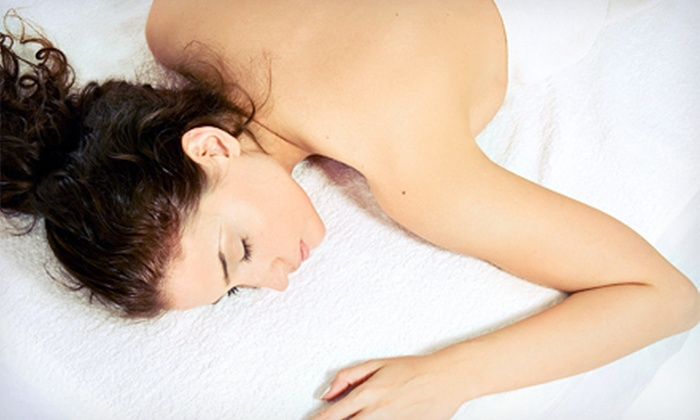 Siegel Chiropractic & Wellness - Aberdeen Square Shopping Center: One or Two 50-Minute Massages at Siegel Chiropractic & Wellness in Boynton Beach (Up to 54% Off)