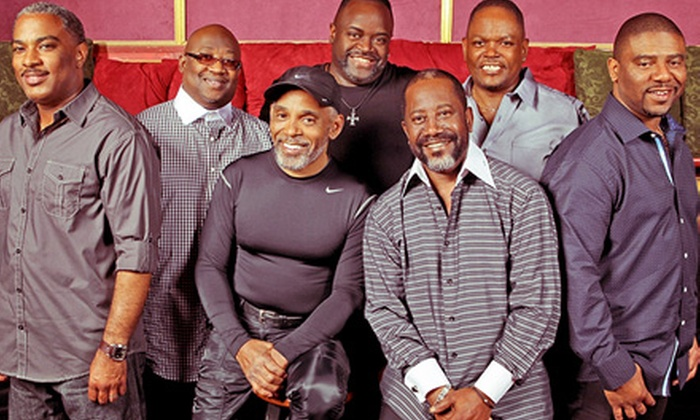 Maze Featuring Frankie Beverly - Cary's Booth Amphitheatre: $29 to See Maze Featuring Frankie Beverly at Koka Booth Amphitheatre on Saturday, September 28, at 8 p.m. ($56.15 Value)