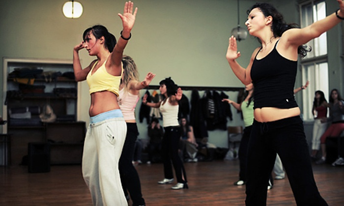 In the Groove Studios - Downtown: 10 or 20 Hip-Hop or Zumba Classes at In the Groove Studios (Up to 71% Off)