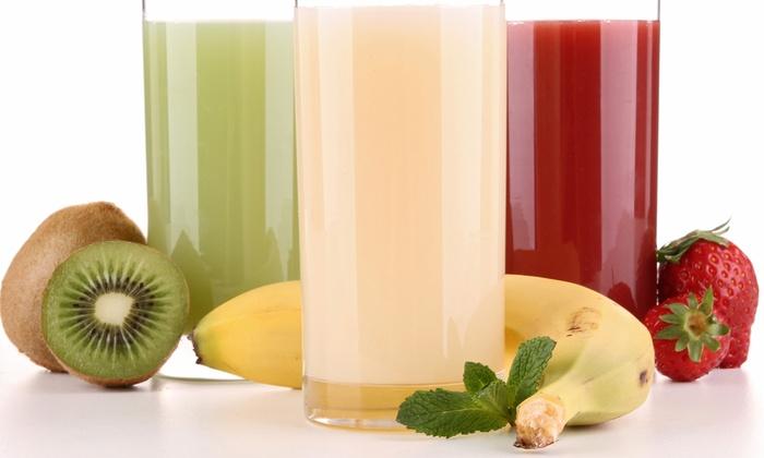 Juke Box Juice & Salad - Harlem: Organic Food, Juices, and Smoothies at Juke Box Juice & Salad (45% Off)