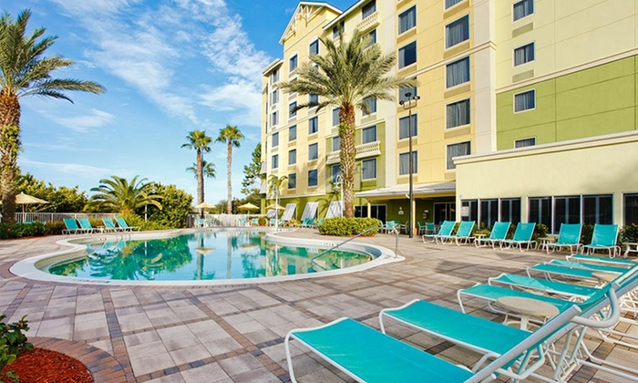 null - Fort Myers / Cape Coral: Stay for Up to Six at Comfort Suites Maingate East in Orlando, FL