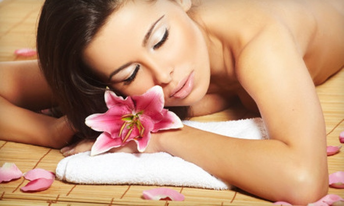 Aloha Wellness Center - Northwest Austin: One, Three, or Five 60-Minute Massages with a Wellness Evaluation at Aloha Wellness Center (Up to 86% Off)