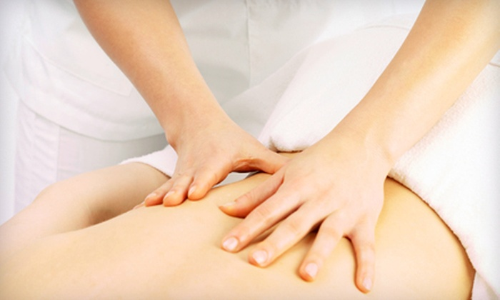 Chiropractic Health Group - Hickory Hills: One or Three 60-Minute Swedish or Stress-Relief Massages at Chiropractic Health Group (Up to 60% Off)