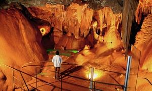 Grotte De Baume Obscure: Visite de la Grotte de Baume Obscure avec spectacles son et lumières ou chasse au trésor à deux ou en famille dès 10,90€