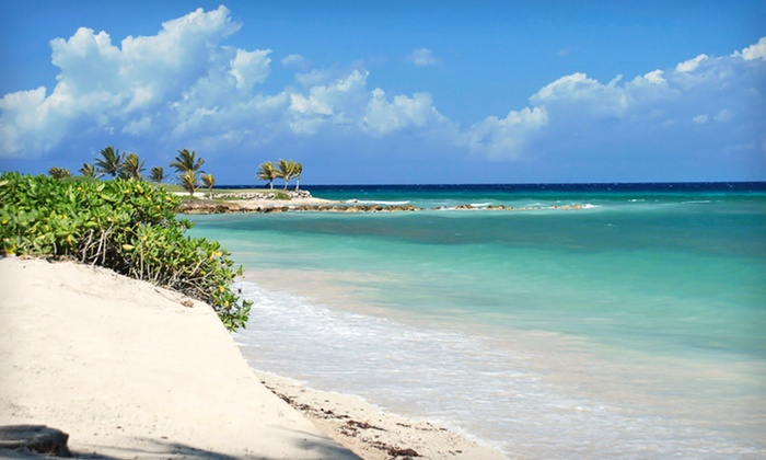 All-Inclusive Jamaican Vacation with Airfare from Vacation Express - Vacation Express: 4- or 7-Night All-Inclusive Jamaican Vacation at Holiday Inn SunSpree Resort & Round-Trip Flight from Vacation Express