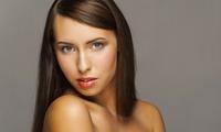 Bellezza capelli con colore e trattamento ricostruttivo da Ely Hair System (sconto fino a 71%)