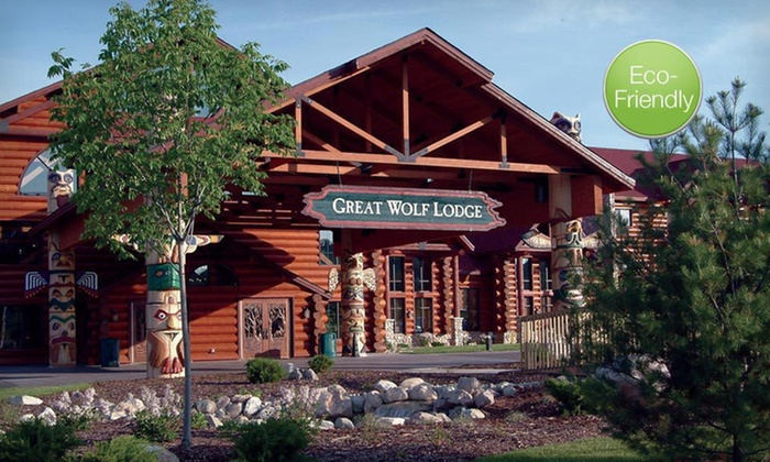 Great Wolf Lodge Traverse City - Traverse City, MI: Two-Night Stay with Six Water-Park Passes and One Lunch for Six at Great Wolf Lodge Traverse City