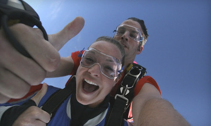 Skydive Deep Creek - 6, Sang Run: $138 for Tandem Skydiving Session or First-Jump Course and Jump from Skydive Deep Creek ($275 Value)
