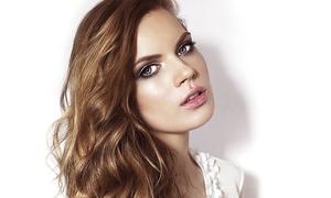 MBG coiffure: Shampoing, coupe, brushing et couleur ou mèches en option dès 19,90 € chez MBG coiffure
