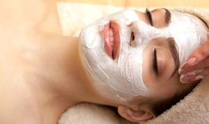 Salon Etoiles: Everyday Facial at Salon Etoiles (Up to 51% Off)