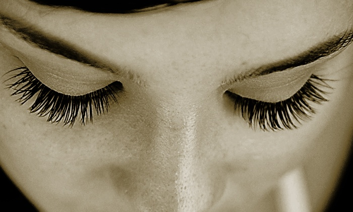 The Lash Lounge - The Lash Lounge: $99 for a Full Set of Eyelash Extensions at The Lash Lounge ($205 Value)