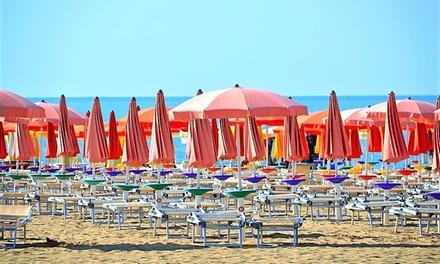 Rimini: fino a 3 notti per 2 persone con colazione Hotel Criss
