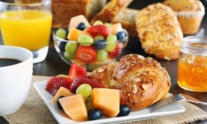 KURSAAL Cannstatt: Frühstück-Platte für Zwei oder Vier inkl. Rotwein als Geschenk zum Mitnehmen im KURSAAL Cannstatt (bis zu 68% sparen*)