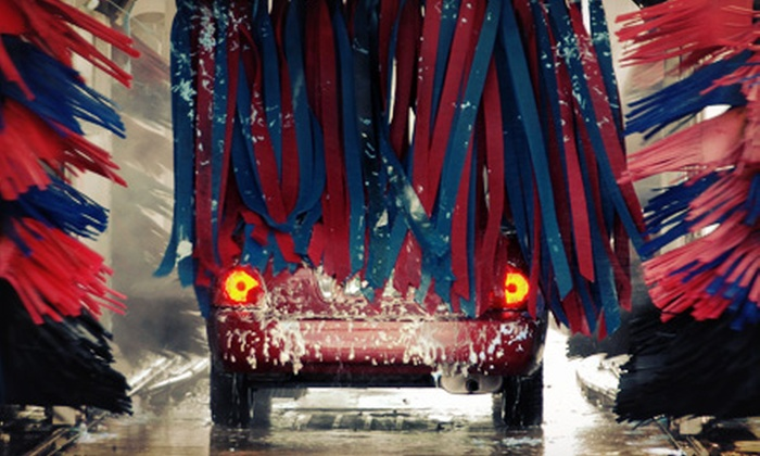 Circle K Midwest - Multiple Locations: $15 for Three Ultimate Car Washes with Rain-X at Circle K Midwest ($30 Value)