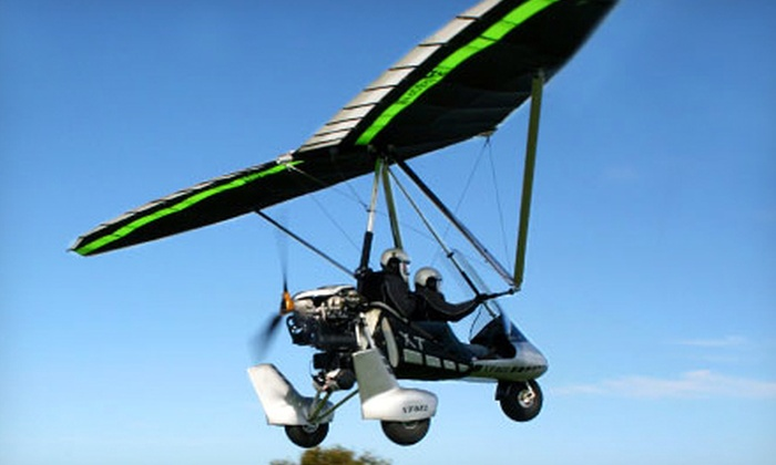 Hang Glide USA - Fernandina Beach: $112 for Deluxe Powered Hang-Glider Discovery Flight from Hang Glide USA ($249 Value)