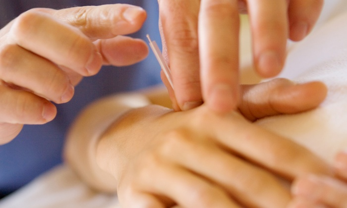G & L Acupuncture and Wellness Center - Multiple Locations: $29 for an Acupuncture Package at G & L Acupuncture and Wellness Center ($145 Value)