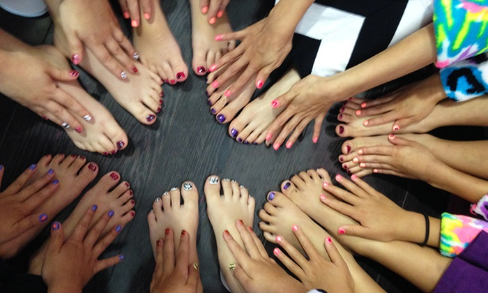 Diva Girlz Party Studio - Vaughan: C$29 for The Natural Tween Package with Mani-Pedi, Facial, & Scrub at Diva Girlz Party Studio (C$55 Value)