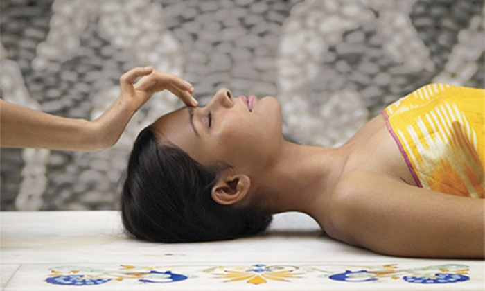 Salone Estetica - Winchester Town Center: One Elemental Nature Facial with an Optional Eye Treatment or Peel, or Three Facials at Salone Estetica (Up to 59% Off)