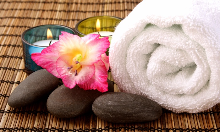 A Feel Good Experience Spa - Addison: $75 for One 60-Minute Aromatherapy Body Scrub at A Feel Good Experience Spa ($125 Value)