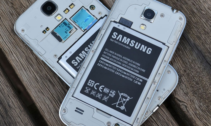 Phone Doctorz - Maple Road: Samsung Galaxy Battery Replacement from Phone Doctorz (44% Off)