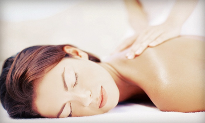 Selecta Physical Therapy - West Little Havana: $45 for a 90-Minute Massage at Selecta Physical Therapy ($240 Value)