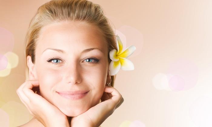 Tanning Center - Tanning Center Di Marchesan Maria Pia: 3 o 5 pulizie viso da 24 €