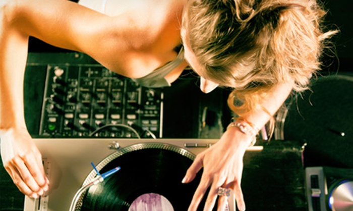 School Of Remix - Downtown Eastside: $39 for a DJ 101 Group Class at School of Remix ($125 Value)