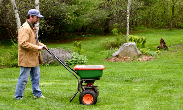 Fairway Green - Milwaukee: Lawn-Care Service for Up to a Quarter, Half, or Full Acre from Fairway Green (Up to 54% Off)