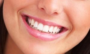 Clínica Dental Noreña: Limpieza bucal y seguro durante un año por 9,95 € y con 1, 2 o 4 empastes desde 22,95 €