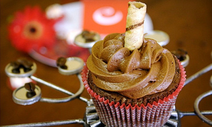 Cupprimo Cupcakery - Northwest Austin: $16 for a Dozen Baker's Choice Cupcakes at Cupprimo Cupcakery ($33 Value)