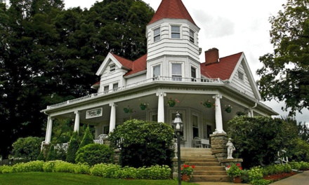 Stay with Winery Credit for Two at The Kingsley House Bed and Breakfast in Fennville, MI. Dates into November.
