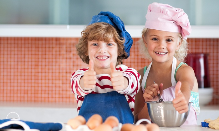 Pied Piper Parties & Playschool - Lakeview: $22 for a Cooking Class for Ages 2-6 at Pied Piper Parties & Playschool ($35 Value)