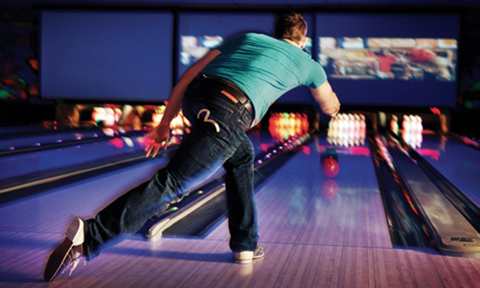 Ed's Rec Room - West Edmonton Mall: Two Hours of Bowling for Six with Option for Pizza and Pop at Ed's Rec Room (Up to 75% Off)