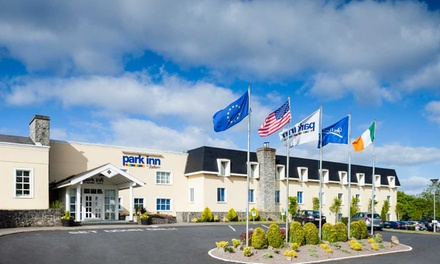 Shannon: 1 Night Stay for Two with Full Irish Breakfast and 7 Day Parking at Park Inn by Radisson Shannon Airport