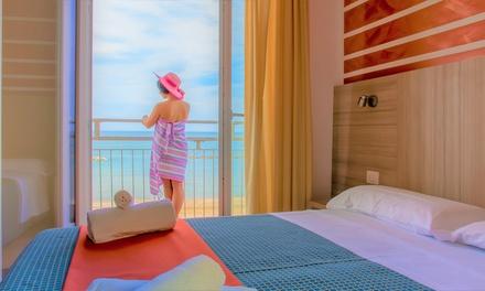 Pesaro: camera Standardcon colazione o mezza pensione per 2 a 67€euro