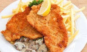 Linden Burger: Jägerschnitzel-Menü mit Pommes frites und kleinem Salat für Zwei oder Vier im Linden Burger ab 9,90 €