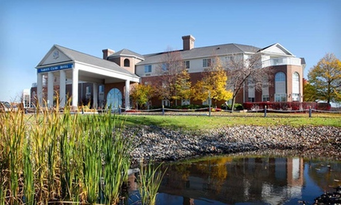 Varsity Clubs of America - Mishawaka, IN: Two-Night Stay with Breakfast and $25 Dining Credit at Varsity Clubs of America (Up to 45% Off). Two Options Available.
