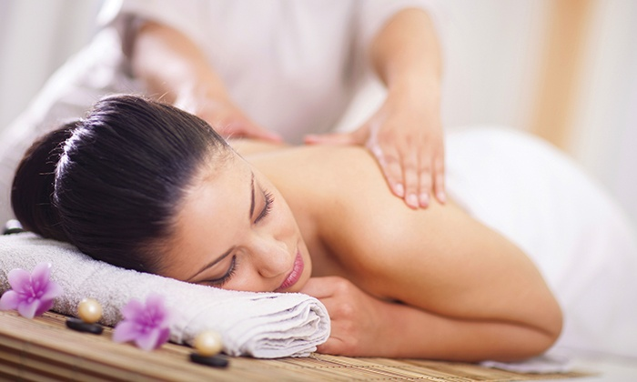 Wat Po Thai Spa - Belmont: One or Two 60- or 90-Minute Massage and Aromatherapy Packages at Wat Po Thai Spa (Up to 58% Off)