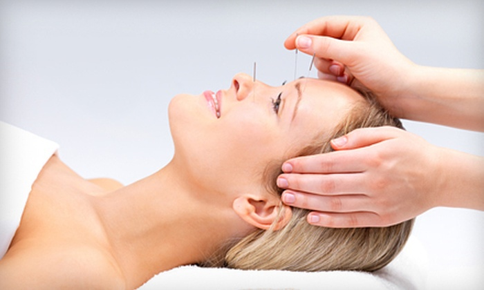 Center Acupuncture - Chelsea: $39 for One Hour of Acupuncture and Tui Na Massage at Center Acupuncture ($100 Value)